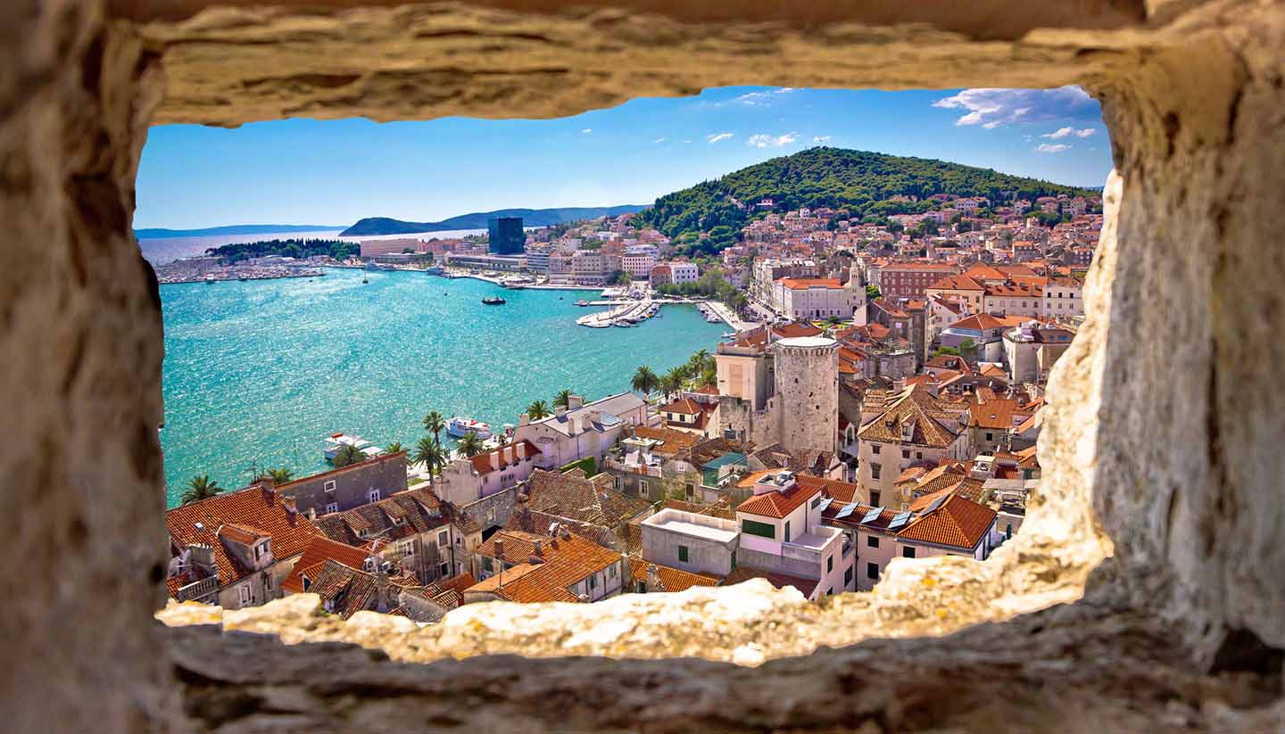 Think-Croatia-Split-540115264-xbrchx-copy